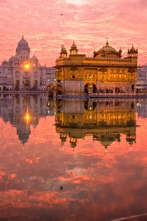 The Golden Temple, Amritsar, India - Map, Video, Location